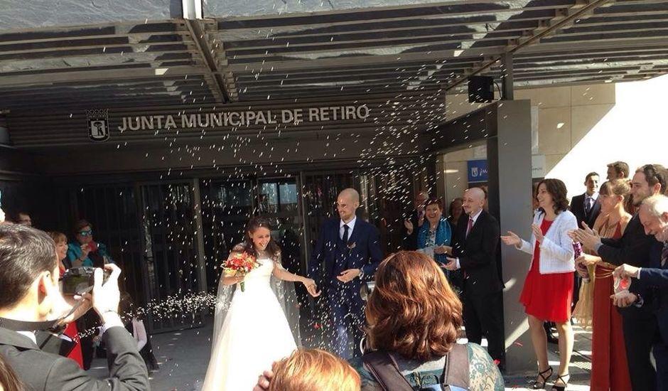 La boda de Carlos y Isabel en Madrid, Madrid