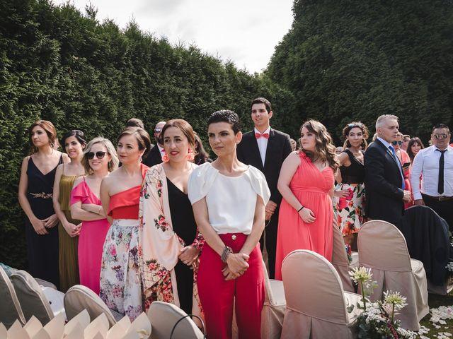 La boda de Gonzalo y Adriana en Santiago De Compostela, A Coruña 20