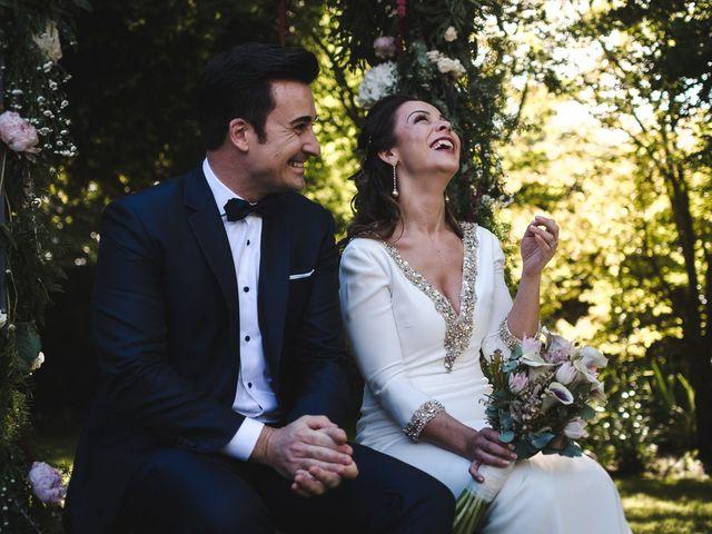 La boda de Gonzalo y Adriana en Santiago De Compostela, A Coruña 25
