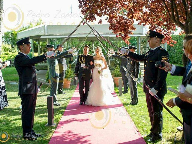 La boda de Óscar y Beatriz en Illescas, Toledo 19