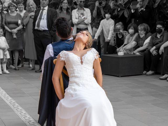 La boda de Toni y Raquel en Riba-roja De Túria, Valencia 27