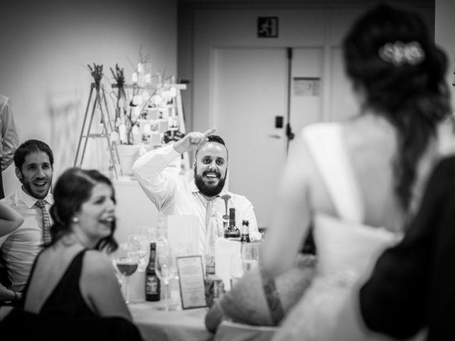 La boda de Nikos y Mari Luz en Bilbao, Vizcaya 12