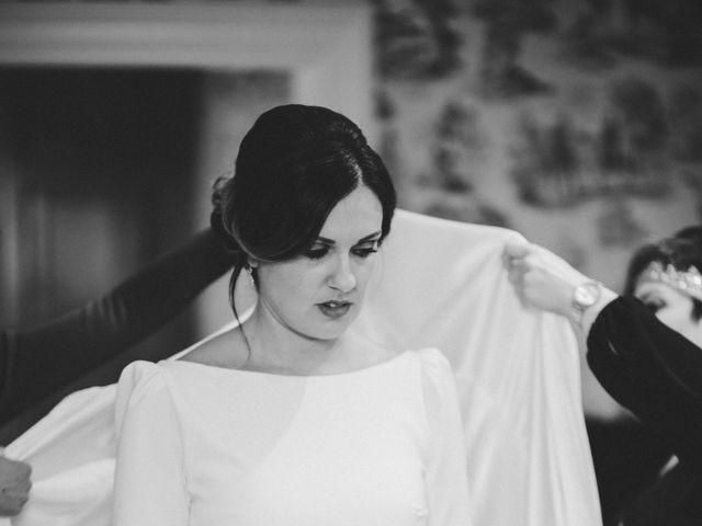 La boda de Kike y Laura en Santiago De Compostela, A Coruña 51