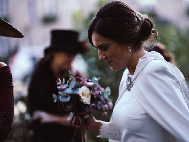 La boda de Kike y Laura en Santiago De Compostela, A Coruña 159