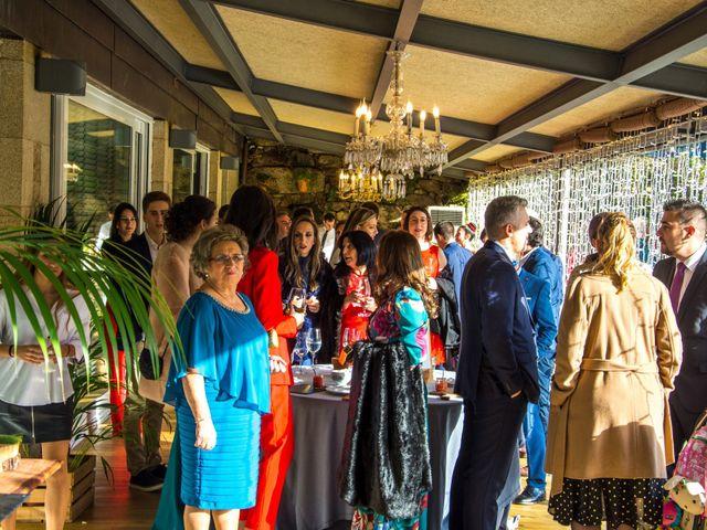 La boda de Kike y Laura en Santiago De Compostela, A Coruña 164