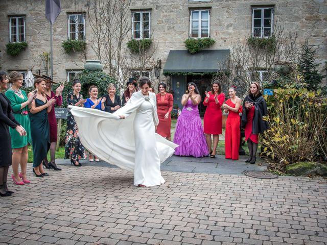 La boda de Kike y Laura en Santiago De Compostela, A Coruña 185