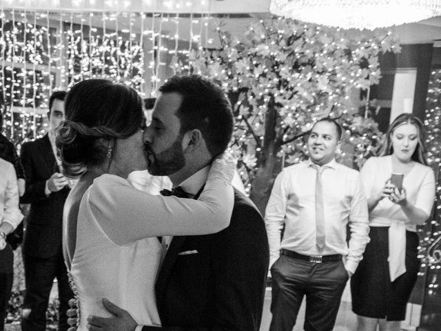 La boda de Kike y Laura en Santiago De Compostela, A Coruña 208