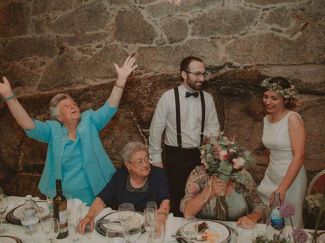 La boda de Les y Chema en Laias, Orense 27