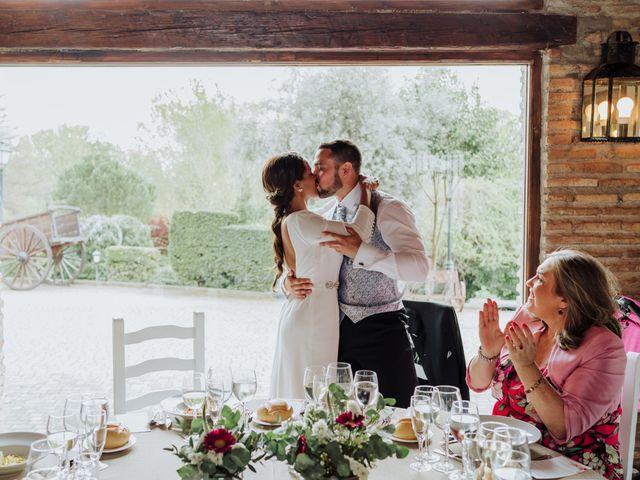 La boda de Fernando y Roseric en Rivas-vaciamadrid, Madrid 16