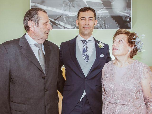 La boda de María y Ángel en Madrid, Madrid 12