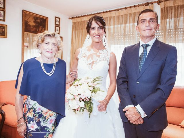 La boda de María y Ángel en Madrid, Madrid 22
