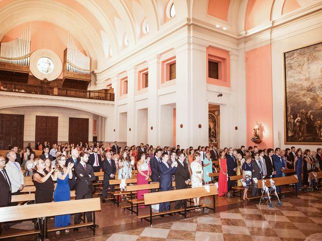 La boda de María y Ángel en Madrid, Madrid 31