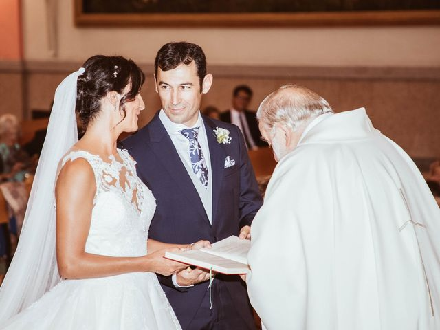 La boda de María y Ángel en Madrid, Madrid 32
