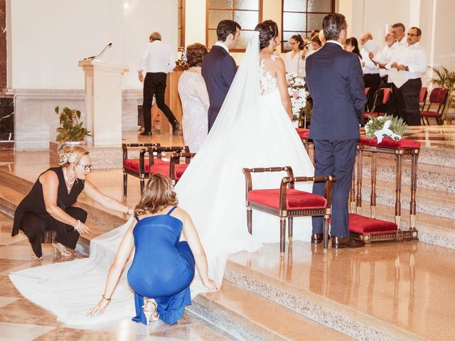 La boda de María y Ángel en Madrid, Madrid 34