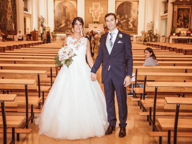 La boda de María y Ángel en Madrid, Madrid 36
