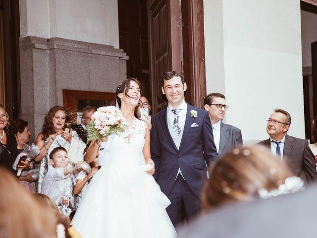 La boda de María y Ángel en Madrid, Madrid 37