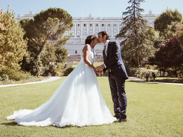 La boda de María y Ángel en Madrid, Madrid 47