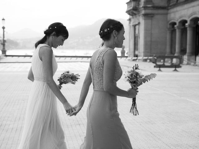 La boda de Pilar y Oihana en Donostia-San Sebastián, Guipúzcoa 28