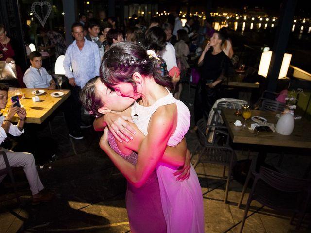 La boda de Pilar y Oihana en Donostia-San Sebastián, Guipúzcoa 32