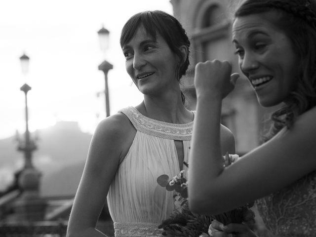 La boda de Pilar y Oihana en Donostia-San Sebastián, Guipúzcoa 47