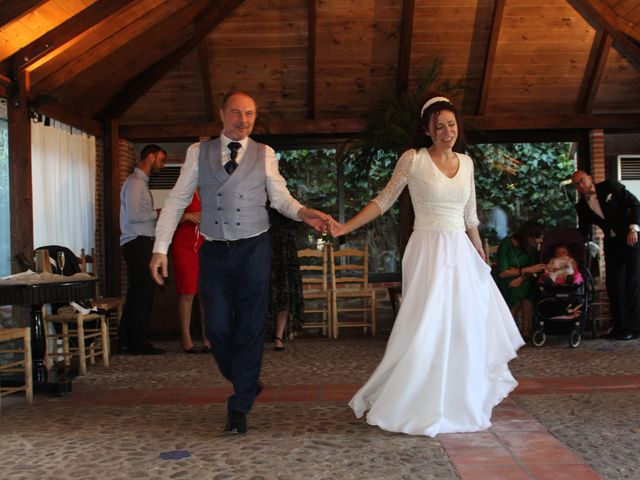 La boda de Manuel y Sonia en Pinilla Del Valle, Madrid 23