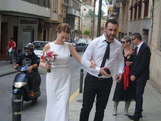 La boda de Aitor  y Mónica  en Crevillente, Alicante 1