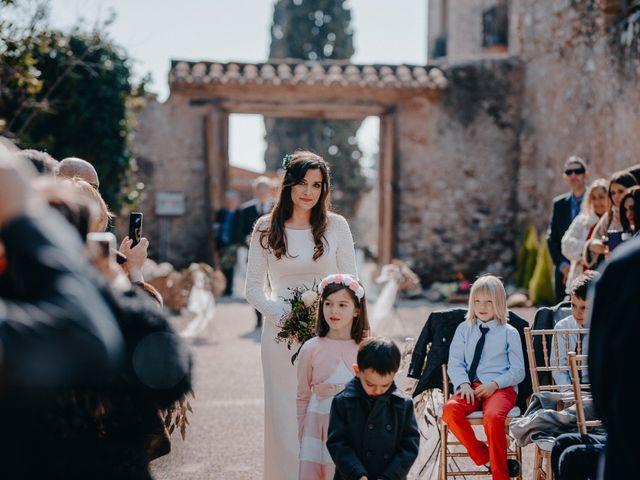 La boda de Daniel y Irene en El Rourell, Tarragona 33