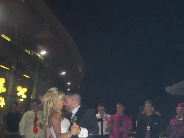 La boda de Victoria y David en Grijota, Palencia 16