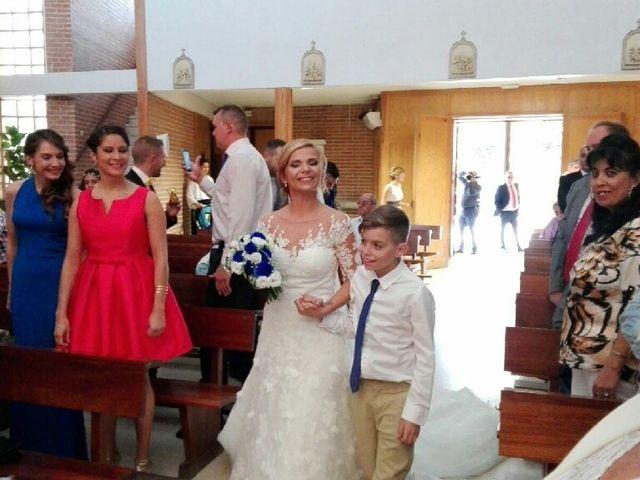 La boda de Juan Carlos  y Laura en San Fernando De Henares, Madrid 1