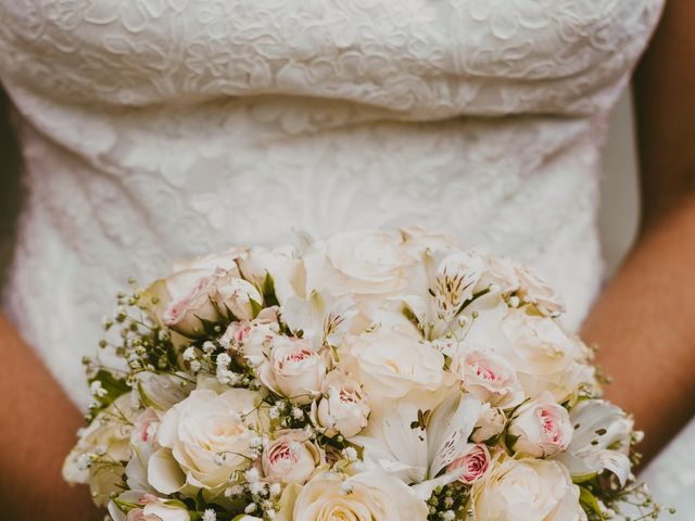 La boda de Manety y Nuria en Logrosan, Cáceres 17