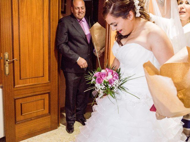 La boda de Nano y Yoli en Bueu (Resto Parroquia), Pontevedra 10