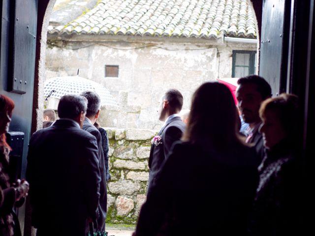 La boda de Nano y Yoli en Bueu (Resto Parroquia), Pontevedra 15