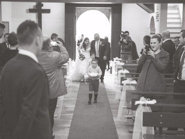 La boda de Nano y Yoli en Bueu (Resto Parroquia), Pontevedra 20