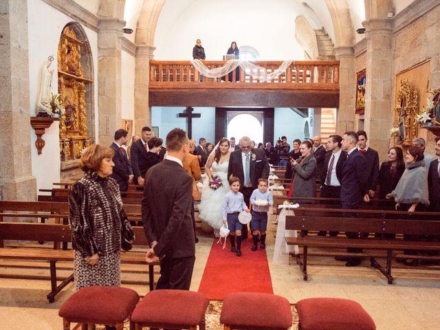 La boda de Nano y Yoli en Bueu (Resto Parroquia), Pontevedra 21