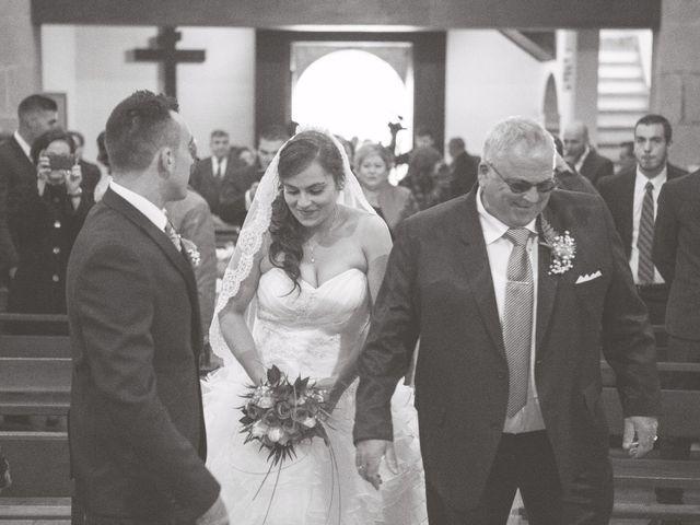 La boda de Nano y Yoli en Bueu (Resto Parroquia), Pontevedra 22