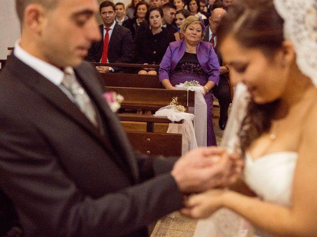La boda de Nano y Yoli en Bueu (Resto Parroquia), Pontevedra 25