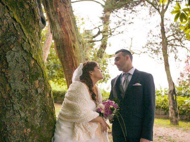 La boda de Nano y Yoli en Bueu (Resto Parroquia), Pontevedra 28