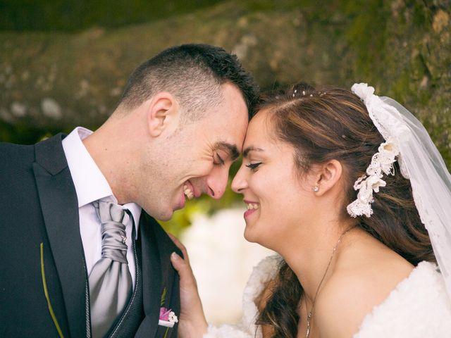 La boda de Nano y Yoli en Bueu (Resto Parroquia), Pontevedra 29