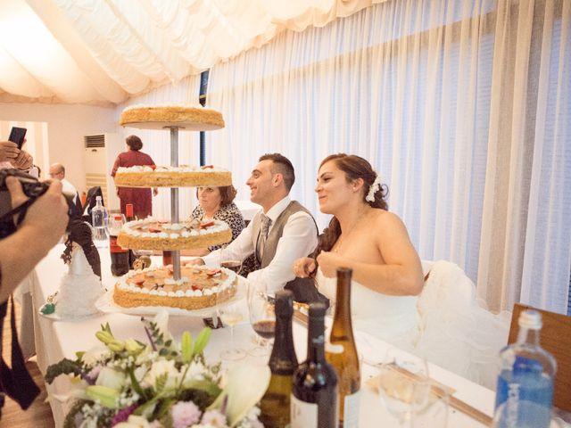La boda de Nano y Yoli en Bueu (Resto Parroquia), Pontevedra 42
