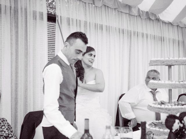 La boda de Nano y Yoli en Bueu (Resto Parroquia), Pontevedra 43