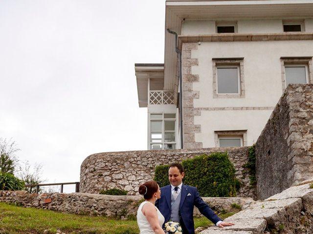 La boda de Rafael y Mar en Santander, Cantabria 33