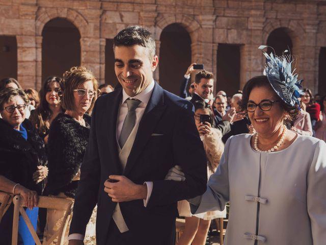 La boda de Carlos y Carmen en El Puig, Valencia 20