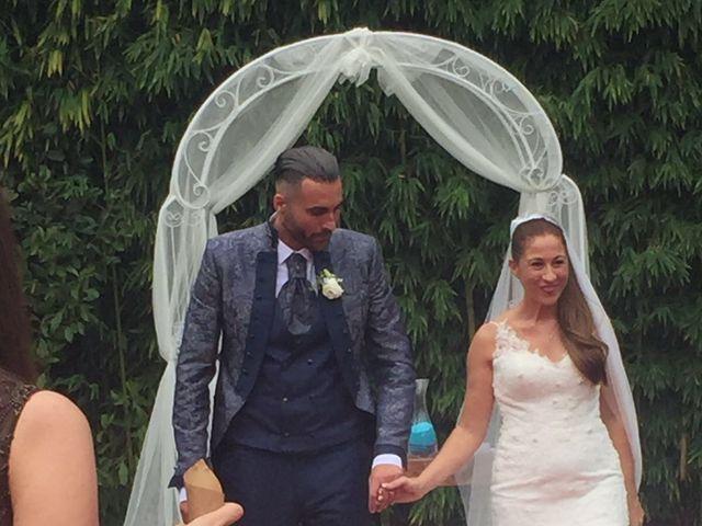 La boda de Javi y Diana en Badalona, Barcelona 3