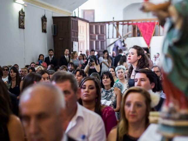 La boda de Joaquín y Patricia en Torrecaballeros, Segovia 24