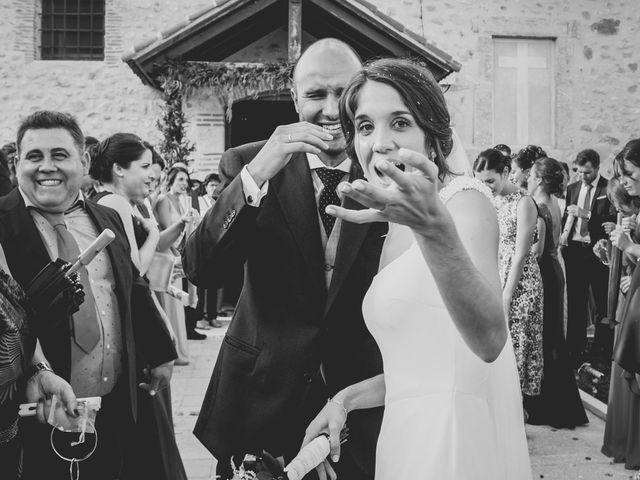 La boda de Joaquín y Patricia en Torrecaballeros, Segovia 31