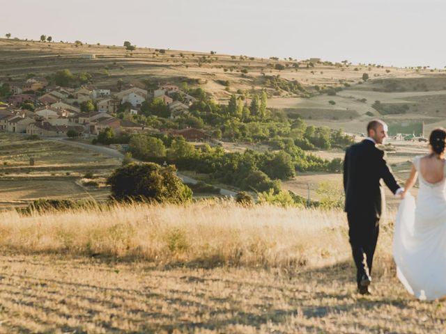 La boda de Joaquín y Patricia en Torrecaballeros, Segovia 49