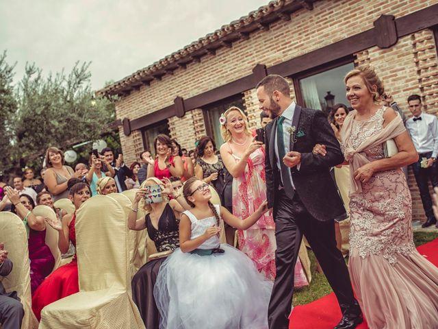 La boda de Dani y Edu en Toledo, Toledo 35