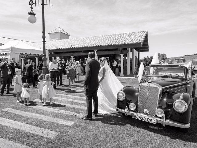 La boda de Ángel y Lourdes en Cembranos, León 34