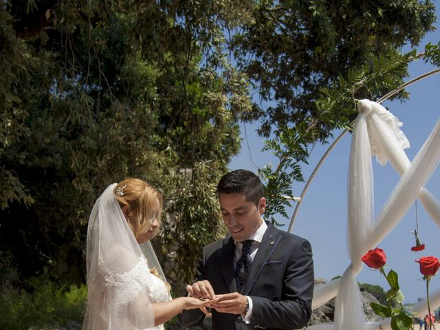 La boda de Javier y Clebia en Isla, Cantabria 11