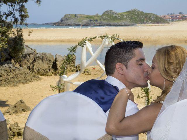 La boda de Javier y Clebia en Isla, Cantabria 19